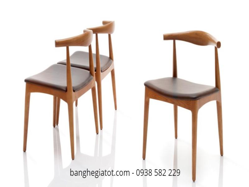 8 bộ bàn ghế ăn gỗ