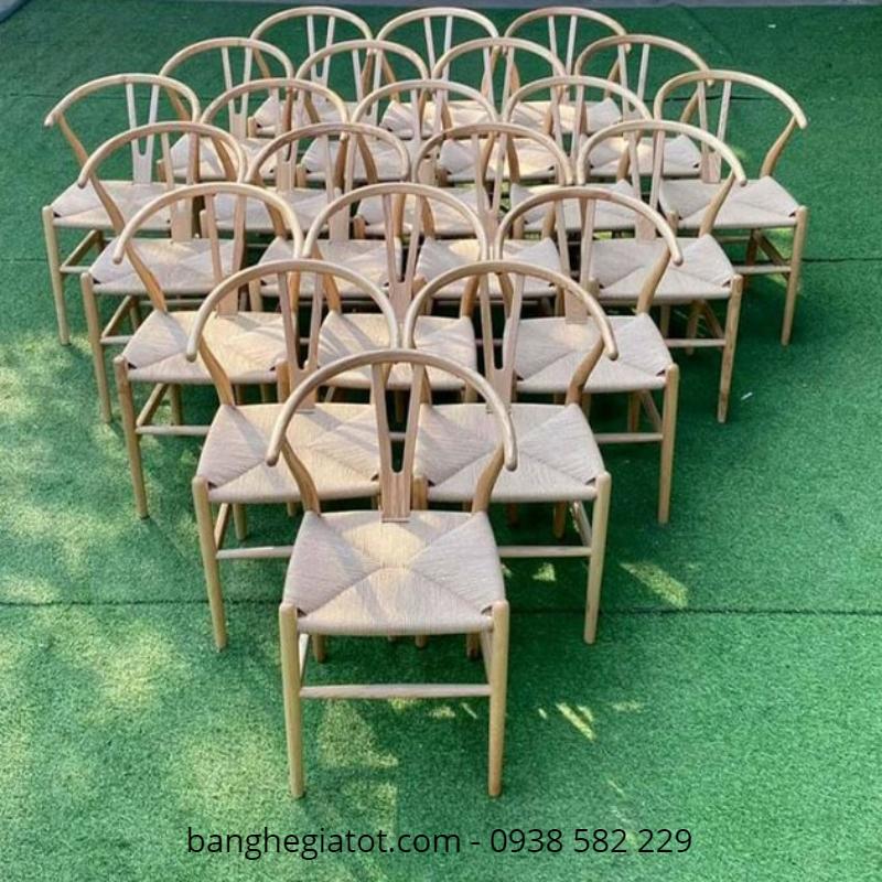 địa chỉ bán bàn ghế gỗ phòng khách bình dân
