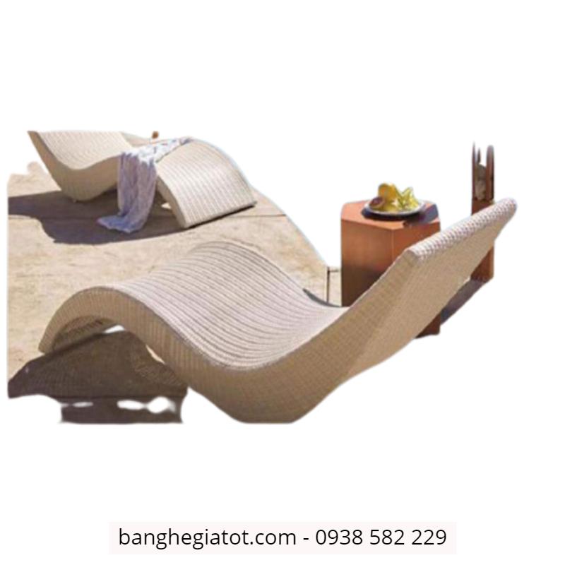 giường tắm nắng nhựa mây nhập khẩu tại hcm